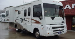 2008 Winnebago SightSeer 26P * Compact Class A * Only 43,950 Miles * 2 Slides * Newer Tires * Stk. # 11376WA