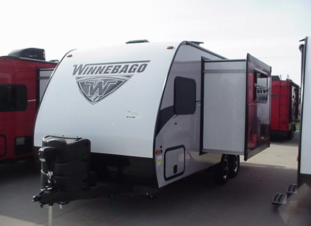 2019 Winnebago Micro Minnie 2100BH * Bunk Beds * Only 3760 Lbs. Dry Weight * Stk. # 1905TR full