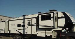 2019 Shasta Phoenix 370FE * 5 Slides  * 4-Point Auto Leveling * Espresso Décor * 11,869 Lbs. Dry Weight * STK # 1948TR