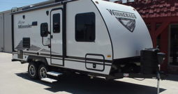 2020 Winnebago Micro Minnie 2106FBS * Front Queen Bed * Only 3905 Lbs. Dry Weight * Off Road Package * Stk. # 2015TR