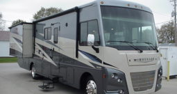 2020 Winnebago Vista 35U * King Bed * 2 Slides * Loft Bed * Stk. # 40RV10