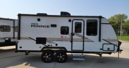 2021 Winnebago Micro Minnie 2108DS * Dinette Slide Out * Front Queen * Brilliant Silver Exterior * Crosshatch Interior * Stk. # 2139TR